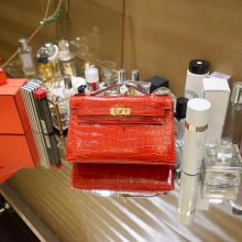Hermès(爱马仕)miniKelly 一代 22cm 金扣 中国红 亮面鳄鱼